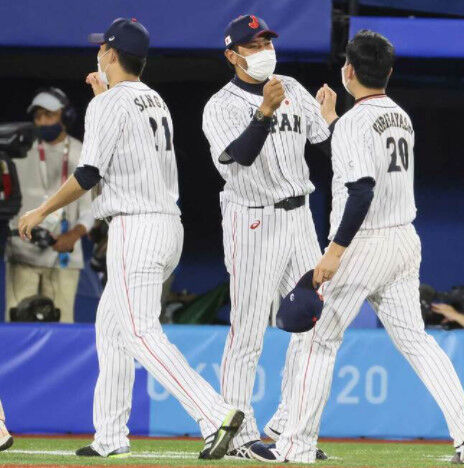 【悲報】3連勝に導いてる稲葉篤紀さん叩かれまくる