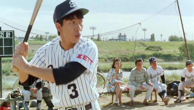 真中監督、足を引きずる草野球選手を目撃…トレーナーに応急処置指示
