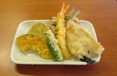 天ぷらって海老、キス、ししとう、シソ食えれば満足だよな