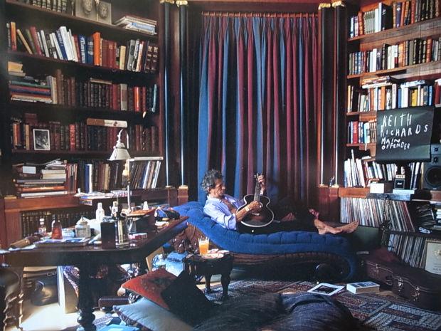 キース・リチャーズ「図書館から50年間、本を借りっ放し」40
