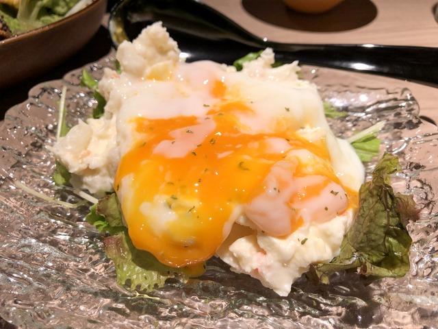卵を割ったポテトサラダ