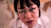 眼鏡の篠田ゆうに顔射