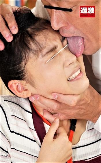 鼻舐めで悶絶する女