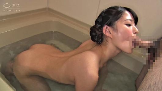 お風呂でノーハンドフェラ