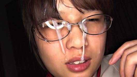 眼鏡ブスに顔射