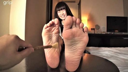 愛乃ねこの足裏くすぐり