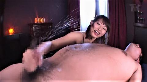 痴女・秋山祥子が男の潮吹き