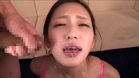 顔射される桃谷エリカ