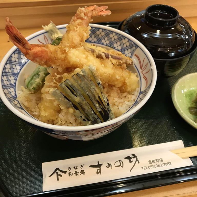 前 焼きそば ジヤトコ 和食