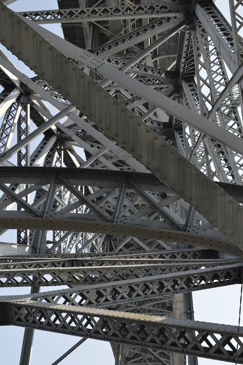 bridge-628388_1280