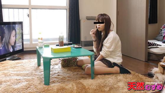 ひとり暮らしの女の子のお部屋拝見! ~19歳のイマドキの事情~