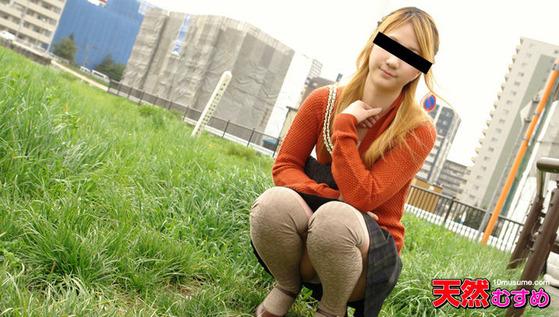 公衆トイレでフェラ ~フェラがうますぎる19歳娘~