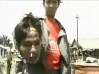 超有名なグロ動画「POSO」ポソ宗教戦争 生首 リンチを受ける住民