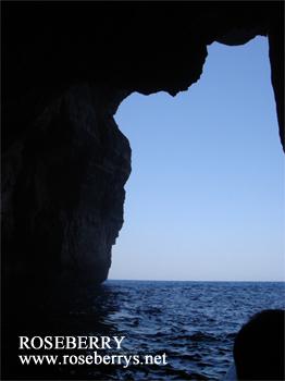 海の洞窟クルージング♪