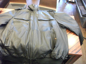レザージャケット 『身幅~AH~袖幅つめ、上で着丈つめ、肩幅つめ』