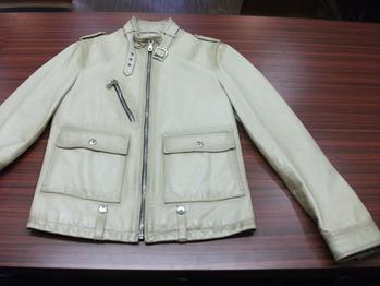 レザージャケット 『身幅~AH~袖幅つめ、上で袖丈詰め』