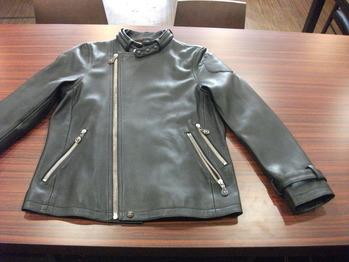 レザージャケット 『身幅~AH~袖幅つめ、肩幅つめ、上で袖丈つめ』
