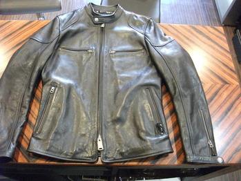 レザージャケット 『身幅~AH~袖幅つめ、肩幅詰め、上で袖丈詰め』