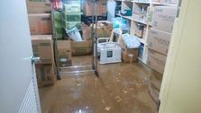物品庫内    泥取り前