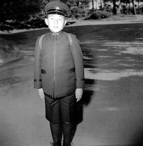 Crown_Prince_Akihito_1945-12