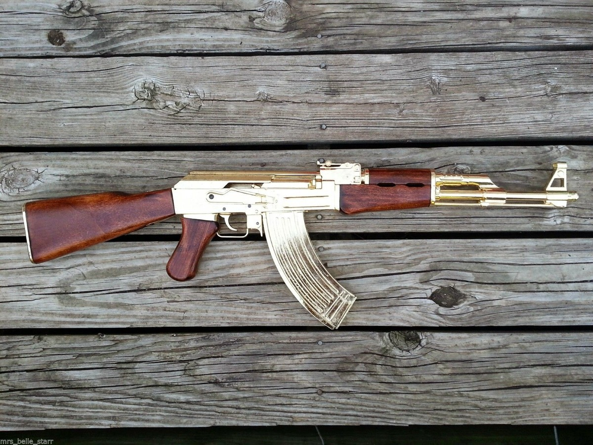 AK47 gold (1)