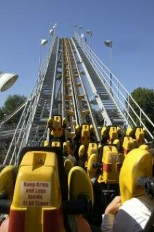 roller-coaster--rollercoaster--themeparks_19-112151