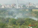 20091014淀川中州から炊事の煙