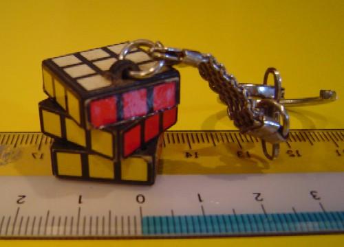 ルービックキューブを20秒で揃えるには30 ...