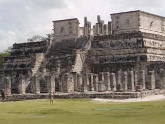 戦死の神殿