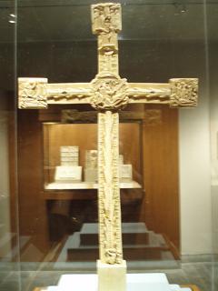 十字架 前面