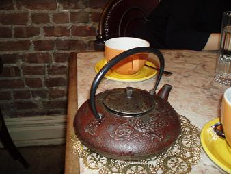 カフェラロ 茶瓶