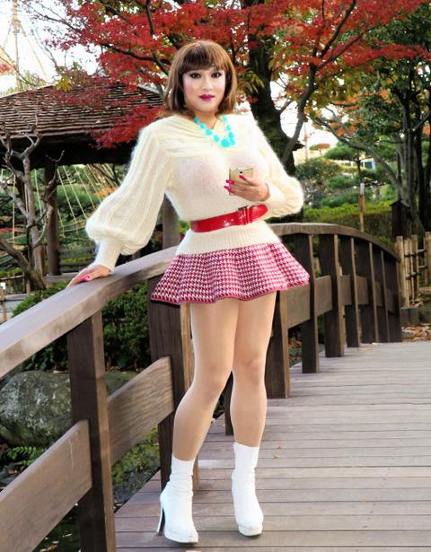 ミニスカート2/花畑公園