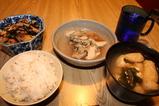 牡蠣 ひじき みそ汁 五穀米
