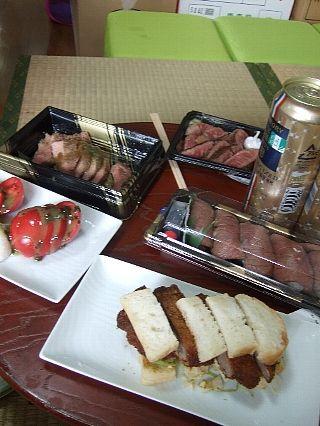 肉グルメ博料理01
