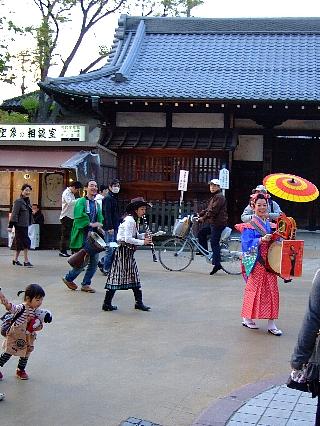 浅草トミ藤山08