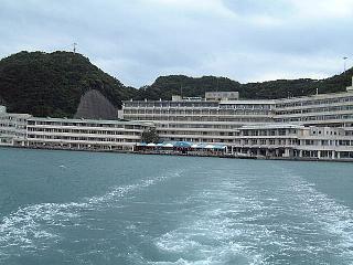ホテル浦島入り口