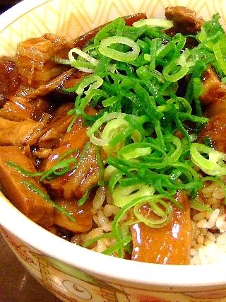豚とろ角煮丼03
