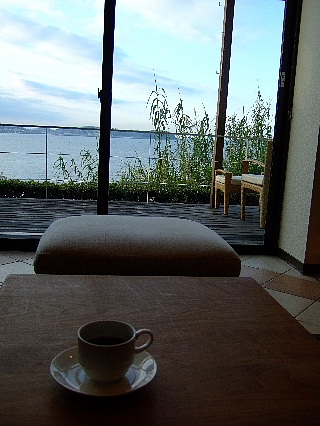 日間賀島と宿04