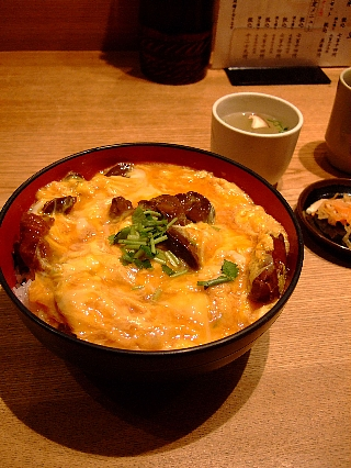 モツ親子丼01