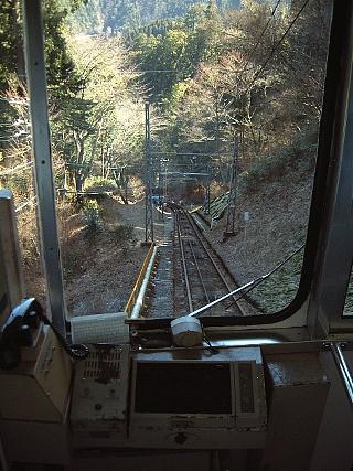 ケーブル下り(駅にて)