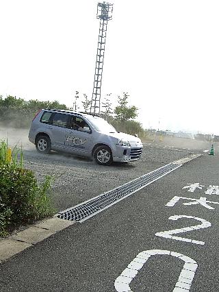 燃料電池車005