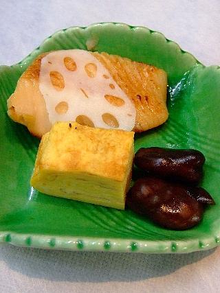 03焼き鰆、卵焼、醤油豆