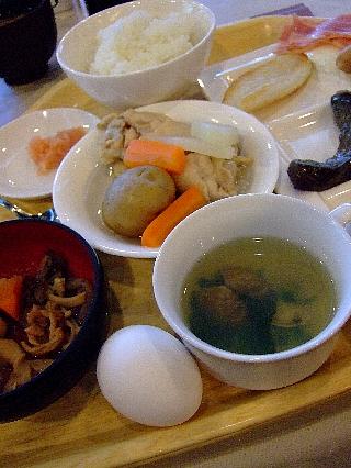 エピナール朝食06