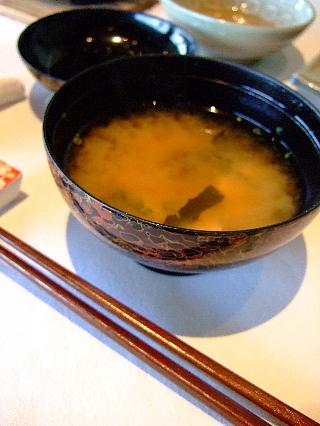 四季亭11(味噌汁など)