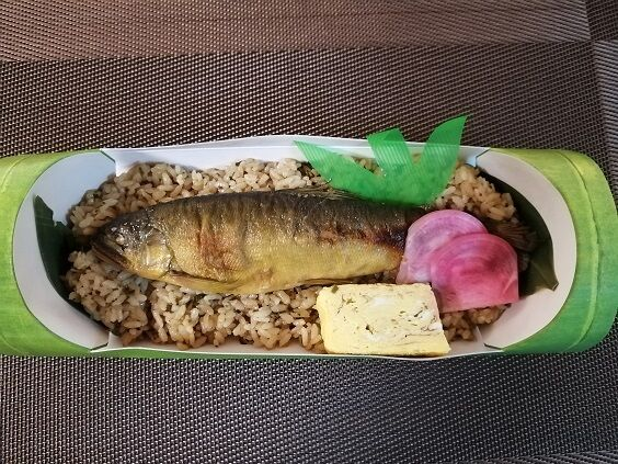 あゆ飯(吉池) (2)