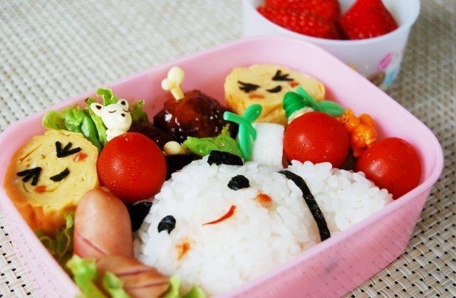 運動会のお弁当~アメーバピグの何か変なパンダ弁当~