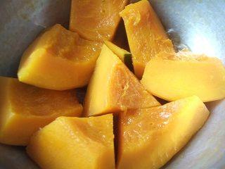 2014_1222_0944 冬至かぼちゃ炊いてる