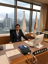 10月11日金融庁の副大臣室にて所管事項説明3