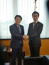 2月13日野田大臣及び松山大臣とそれぞれ面会2