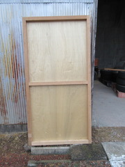 13−合板で正面の扉を作る(裏)